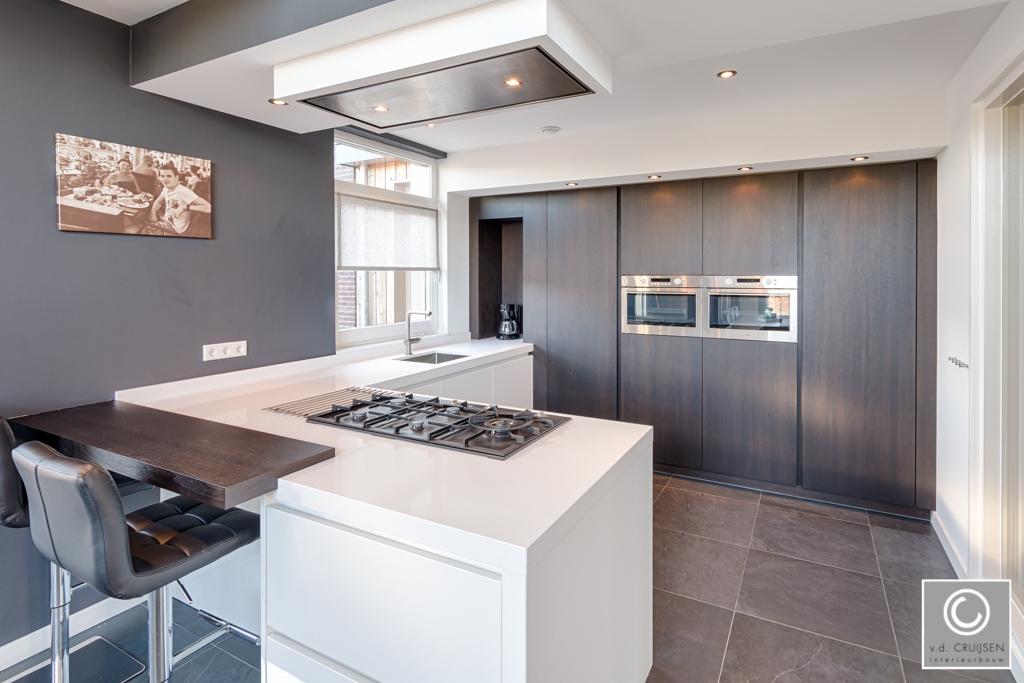Moderne keuken in Zijtaart • Van der Cruijsen Interieurbouw